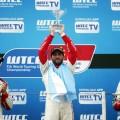 wtcc-shanghai-china-2016-carrera-2-yvan-muller-jose-maria-lopez-mehdi-bennani-en-el-podio