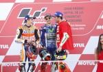 motogp-valencia-2016-marc-marquez-jorge-lorenzo-andrea-iannone-en-el-podio