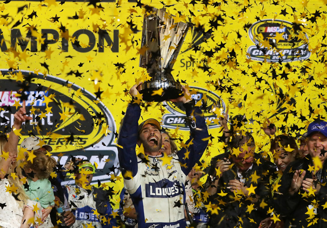 nascar-homestead-2016-jimmie-johnson-campeon-en-el-victory-lane