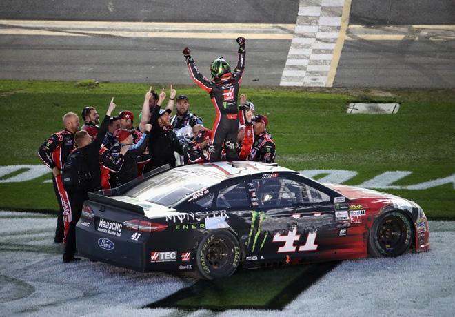 NASCAR - Daytona 2017 - Kurt Busch - Ford Fusion