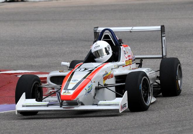 Fórmula Renault 2.0 en Potrero de los Funes – Carrera 1: Tadeo Vicente cosechó un nuevo triunfo.