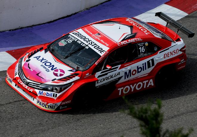 Super TC2000 en Potrero de los Funes – Carrera Clasificatoria: Festejo de Ponce de León.