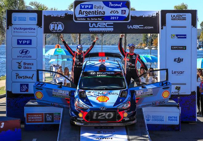 WRC - Argentina 2017 - Final - Thierry Neuville en el Podio