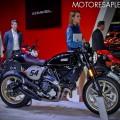 Ducati Scrambler Cafe Racer en el Salon del Automovil de Buenos Aires 2017 2