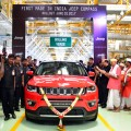 El primer Jeep Compass ensamblado por Fiat sale de la linea de montaje en Ranjangaon - India