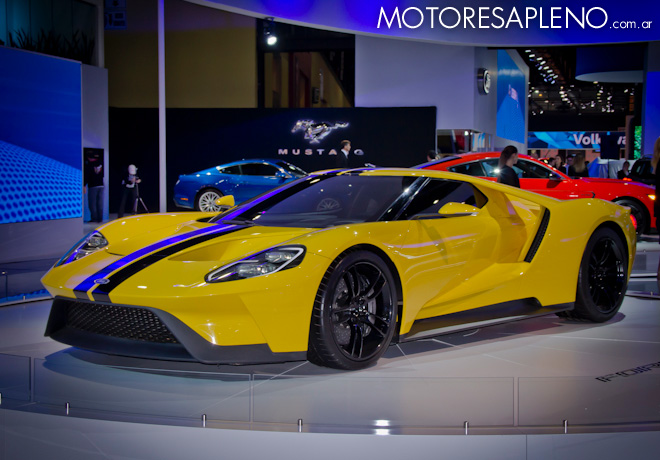 Ford GT en el Salon del Automovil de Buenos Aires 2017