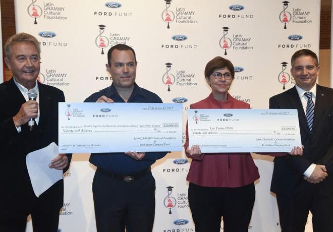 Ford Motor Company Fund y la Fundacion Cultural Latin Grammy apoyan a la educacion musical en Buenos Aires 1