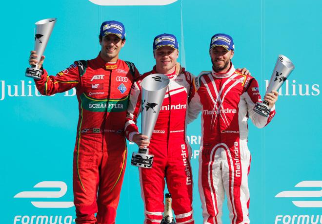 Formula E - Berlin - Alemania 2017 - Carrera 1 - Lucas Di Grassi - Felix Rosenqvist - Nick Heidfeld en el Podio