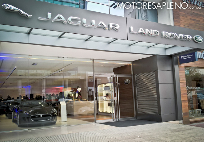 Jaguar Land Rover - Ditecar - Showroom Boutique