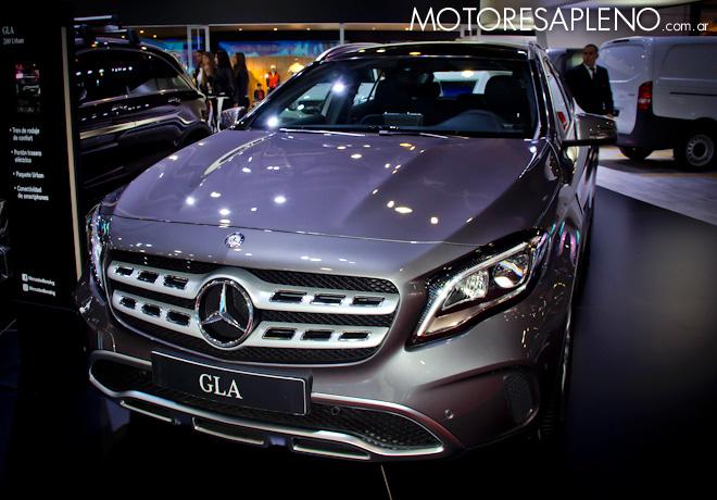 Mercedes-Benz GLA en el Salon del Automovil de Buenos Aires 2017