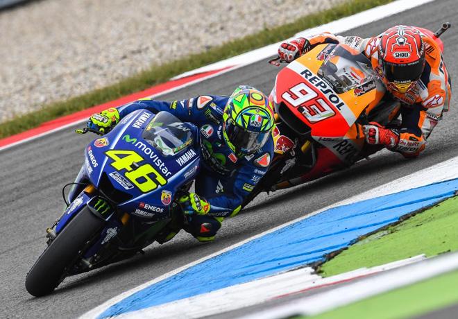 """MotoGP en Assen – Carrera: Rossi agranda su leyenda en """"La Catedral""""."""