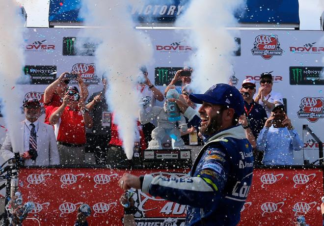 NASCAR - Dover 2017 - Jimmie Johnson en el Victory Lane