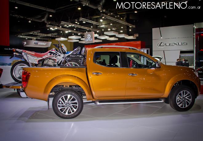 Nissan NP300 en el Salon del Automovil de Buenos Aires 2017