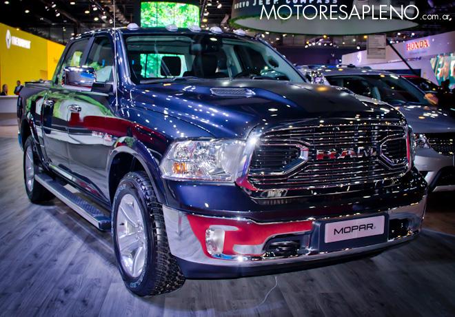 Ram 1500 Laramie Mopar en el Salon del Automovil de Buenos Aires 2017