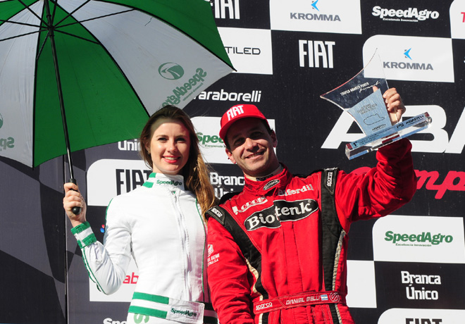 Abarth Competizione - Rafaela 2017 - Carrera 1 - Daniel Belli en el Podio