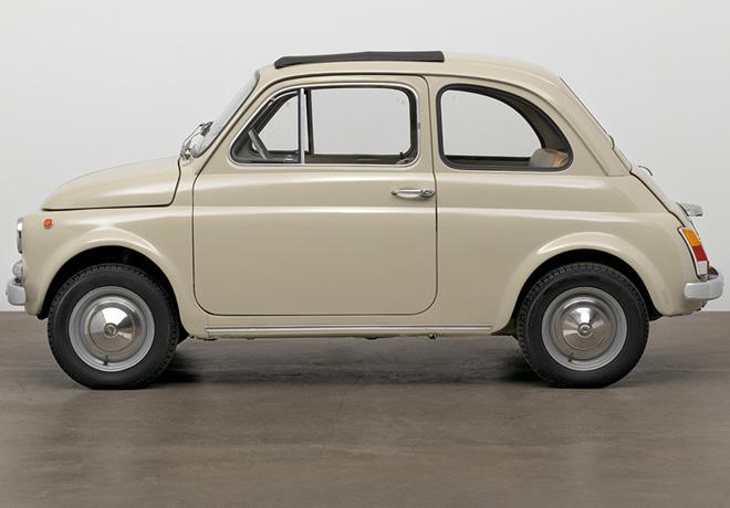 El Fiat 500 se convierte en una obra de arte moderna y se une a la coleccion permanente del MoMA en Nueva York