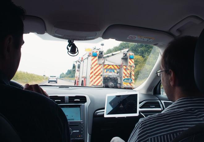Ford prueba una nueva tecnologia para el vehiculo que ayuda a reconocer las sirenas de emergencia 2