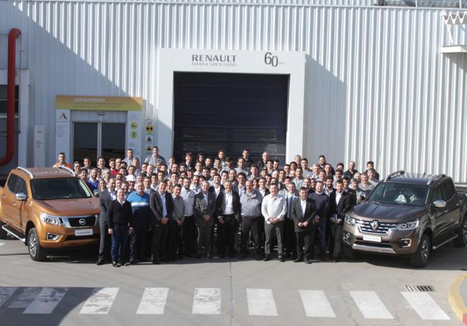 La Alianza Renault-Nissan recibio al Ministro de Produccion en su planta productiva de Cordoba