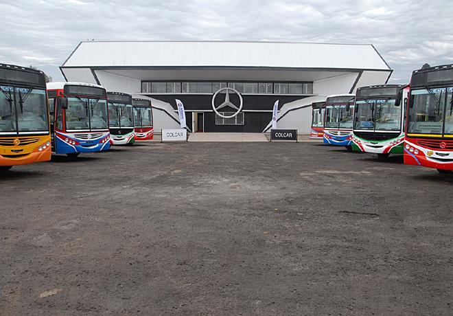 Mercedes-Benz - Nuevos omnibus equipados con transmision Allison completamente automatica 1