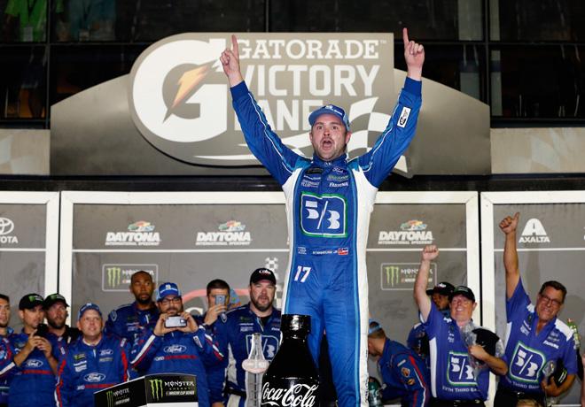 NASCAR - Daytona 2017 - Ricky Stenhouse Jr en el Victory Lane