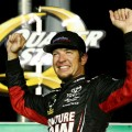 NASCAR - Kentucky 2017 - Martin Truex Jr en el Victory Lane