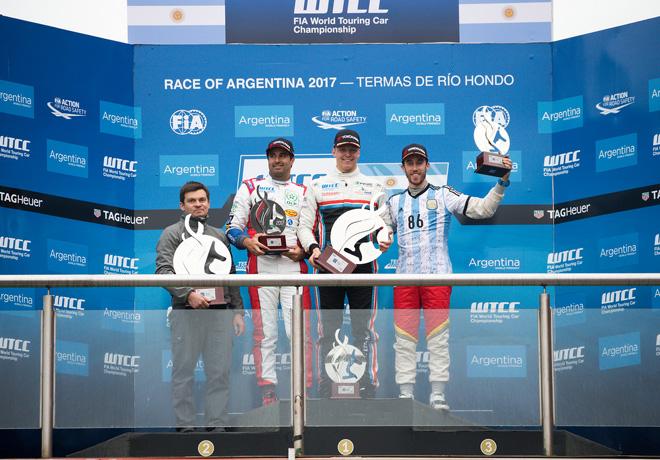 WTCC - Termas de Rio Hondo - Argentina 2017 - Carrera 1 - Mehdi Bennani - Yann Ehrlacher - Esteban Guerrieri en el Podio