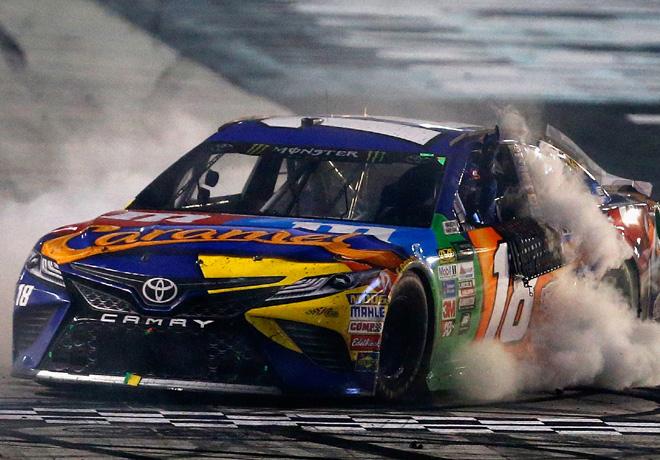 NASCAR - Bristol 2017 - Kyle Busch - Toyota Camry