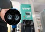 YPF instalo los primeros surtidores electricos en el pais 2