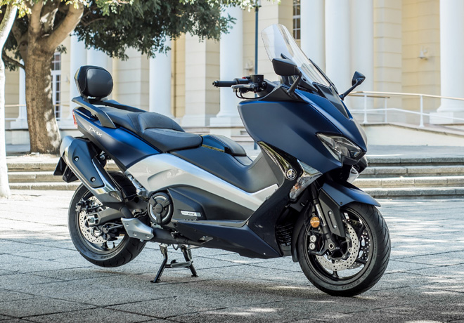 Yamaha TMAX DX 1