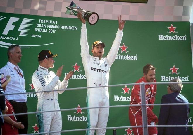 F1 - Italia 2017 - Carerra - Valtteri Bottas - Lewis Hamilton - Sebastian Vettel en el Podio