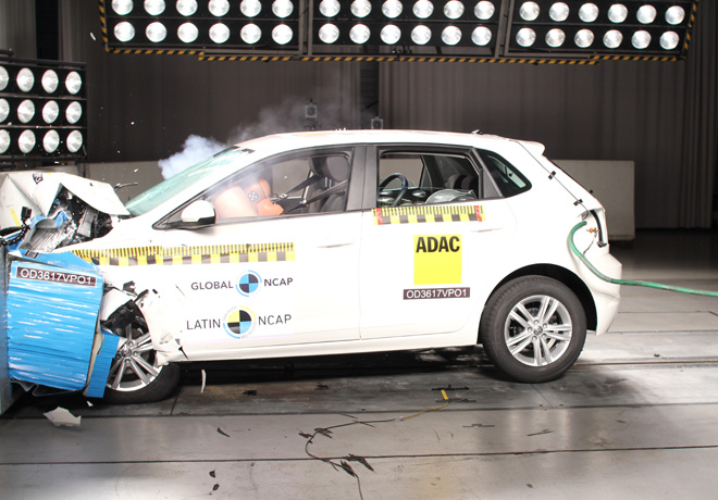 Latin NCAP - VW Polo - con 4 Airbags