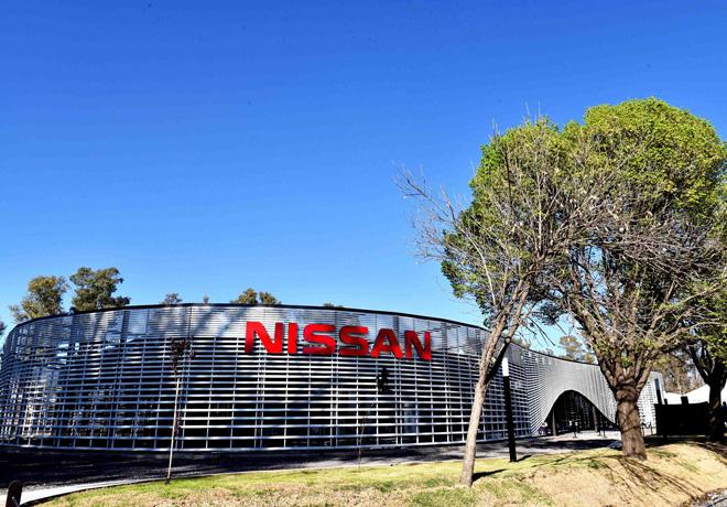 Nissan - Exterior de las nuevas oficinas en Cordoba