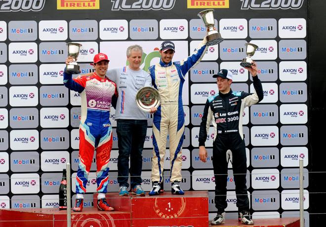 TC2000 - Parana II 2017 - Carrera Sprint - Jose Manuel Sapag - Daniel Cingolani - Tomas Cingolani - Marcelo Ciarrocchi en el Podio