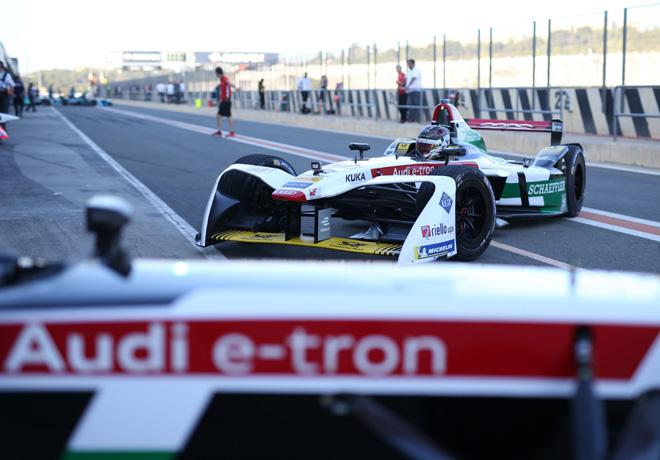 Formula E - Tests Oficiales - Audi e-tron FE04 3