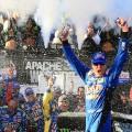 NASCAR - Dover 2017 - Kyle Busch en el Victory Lane