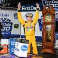 NASCAR - Martinsville 2017 - Kyle Busch en el Victory Lane
