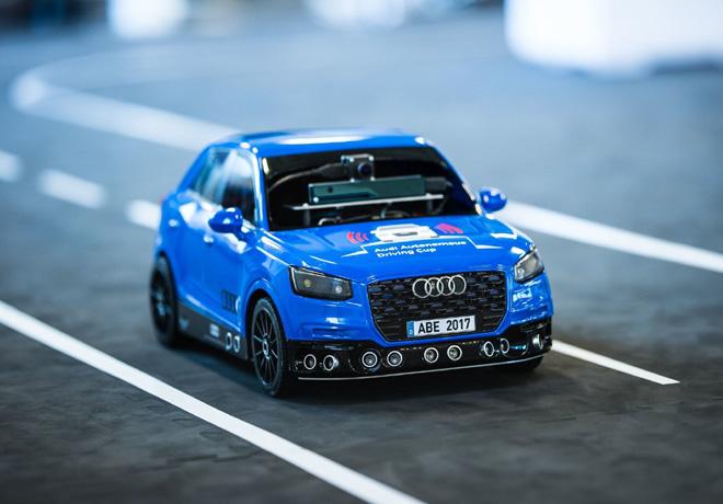 3ra edicion de la Copa Audi de Conduccion Autonoma para autos a escala 3