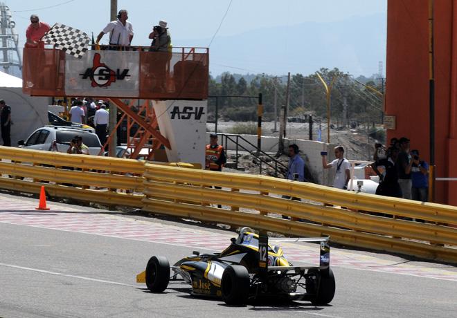 FR20 - San Juan 2017 - Carrera 2 - Hernan Palazzo - Tito-Renault