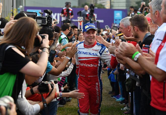 Formula E - Hong Kong - China 2017 - Carrera 2 - Felix Rosenqvist rumbo al Podio