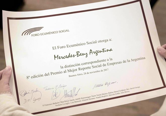 Mercedes-Benz premiada como el Mejor Reporte Social de Empresas