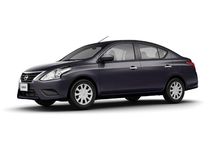Nissan Versa Sense AT 1