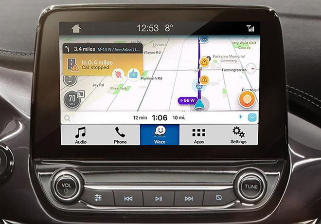 Waze disponible en la linea de vehiculos Ford