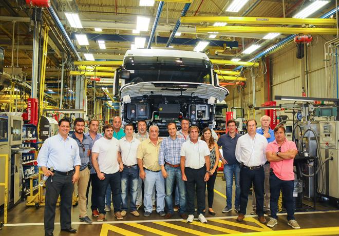 VW Camiones y Buses capacita a sus mejores vendedores