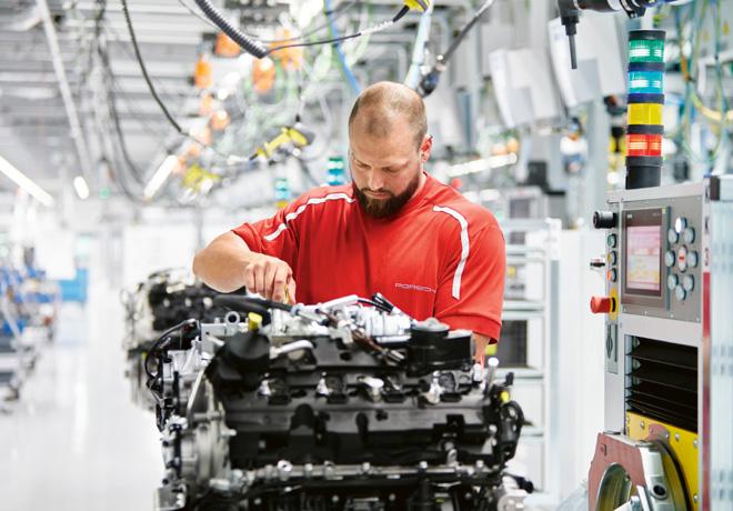 Zuffenhausen - Un paseo por la planta de motores V8 de Porsche 1