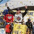 NASCAR - Las Vegas 2018 - Kevin Harvick en el Victory Lane
