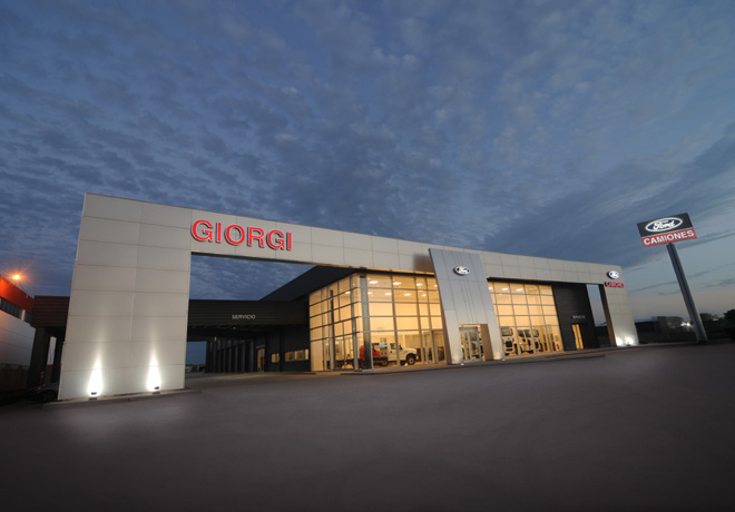 Ford amplia su red de concesionarios de camiones junto a Giorgi Automotores 1