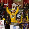 NASCAR - Richmond 2018 - Kyle Busch en el Victory Lane