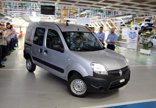 Renault Argentina fabrico el ultimo Kangoo en Santa Isabel 3