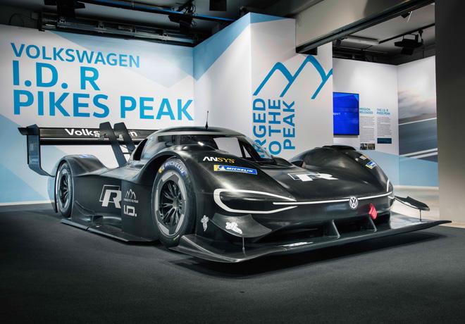 Volkswagen I.D. R Pikes Peak Motorsport lleva la movilidad eléctrica a lo más alto.
