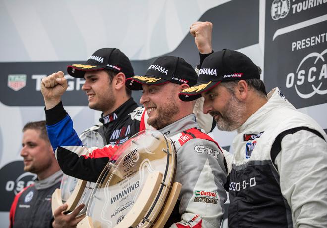 WTCR - Hungaroring - Hungria 2018 - Carrera 2 - Daniel Nagy - Robert Huff - Yvan Muller en el Podio